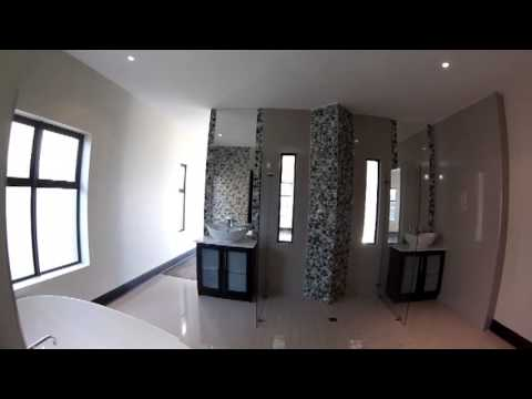 marina Martinique luxury home R 3 700 000