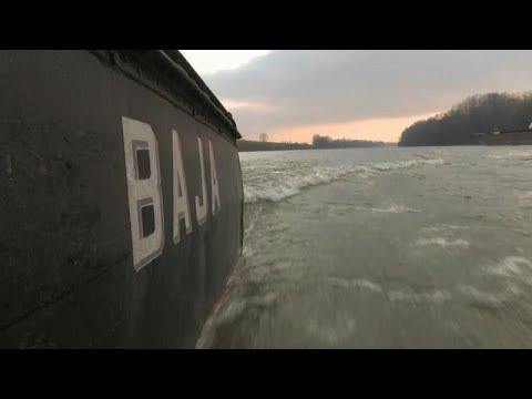 euronews (en español): Un dragaminas para interceptar migrantes que intentan entrar en Hungría
