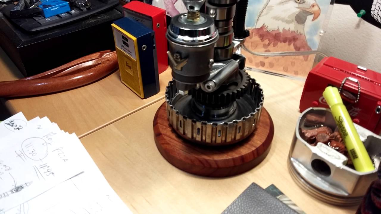 Camshaft Lamp With Hubcap Shade And 3 Way Switch Housing