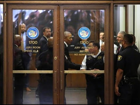 Barack Obama Reports for Jury Duty in Chicago, Was Dismissed but Lady Shakes His Hand (VIDEO)