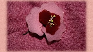 Как сделать цветы из капроновых колготок! Nylon Stocking Flower Tutorial. Видео урок!(Поделюсь как сделать цветы из капрона, брошь или оформление интерьера. Легко, просто и красиво...посмотрите!..., 2015-12-20T17:52:58.000Z)