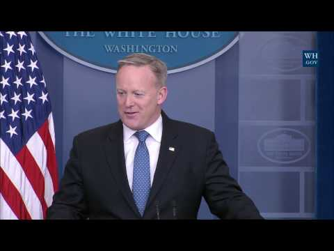 2/9/17: White House Press Briefing
