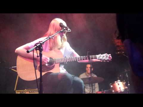 Lucy Rose - The whole concert - live & acoustic at Kranhalle in Munich München 2013-02-24