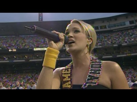 2006 ASG: Carrie Underwood sings national anthem