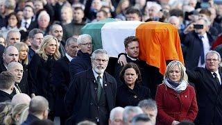 Kuzey İrlanda barışının mimarlarından McGuinness son yolculuğuna uğurlandı