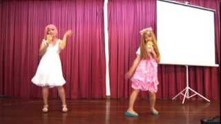 01.12.13 AnimeNeXt 2013 Dance Performance of Viva Happy, together w...