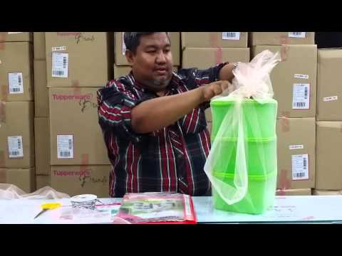 Tips wrapping hamper tupperware(1)