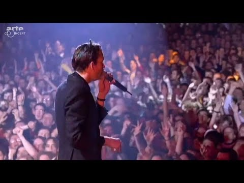 Pulp - Common People (1995)