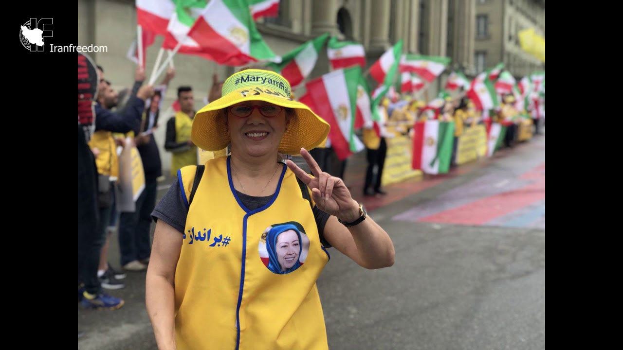 Exiled Iranians protest against Rouhani's trip to Switzerland- 3