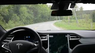 Tesla Model S Autopilot 2 v17.17.17 on local twisting road