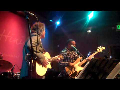 Terry Wollman performs Survive live at Spaghettini