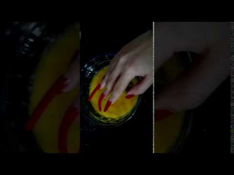 Red Claws Of Our Model Piao Piao Playing With Eggs (video 3)