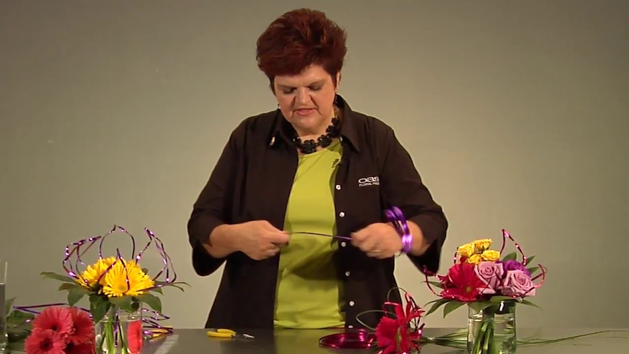 Quick Tip: How to Create Wire Flowers for your Mother\'s Day ...