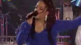 Evelyn Champagne King - shame (Live).avi