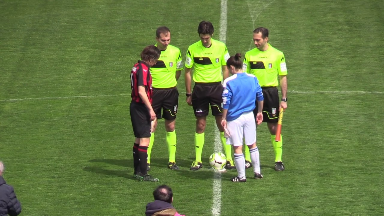 Arbitraggio scandaloso: AtalantaMozzanica vs Milan 0 - 2