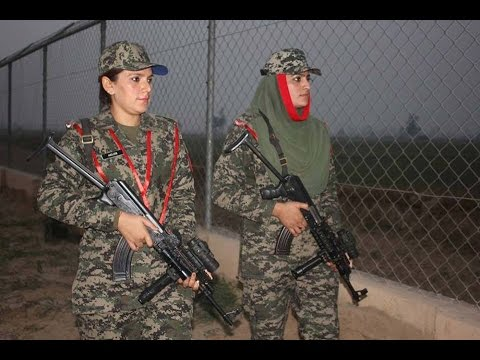Dangerous Pakistani Lady Rangers at Border Ready to Respond Indian Aggression