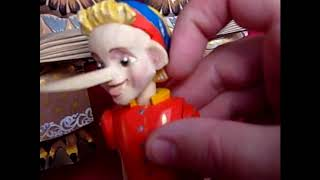 Буратіно-іграшка з рухом.