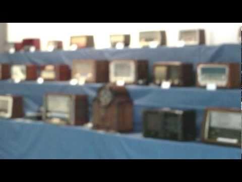 Exposicion de radios antiguas en valdovi�o