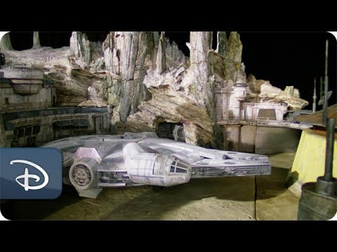 Thumbnail: Fly-Through Star Wars: Galaxy's Edge | Disney Parks