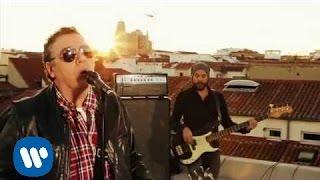 Revolver - Entre Las Nubes (Videoclip Oficial)