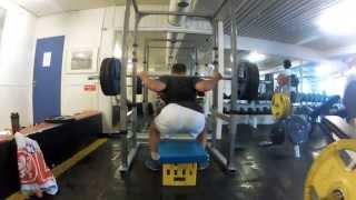 YJfitness - Squat 135kg x 5
