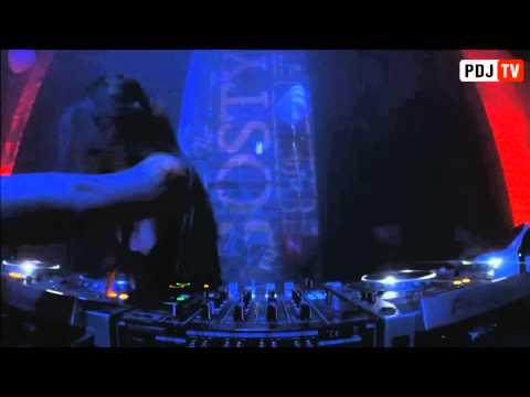 Dj Siluyanova - Live dj set in Gosty Club, Moscow 14.02.15