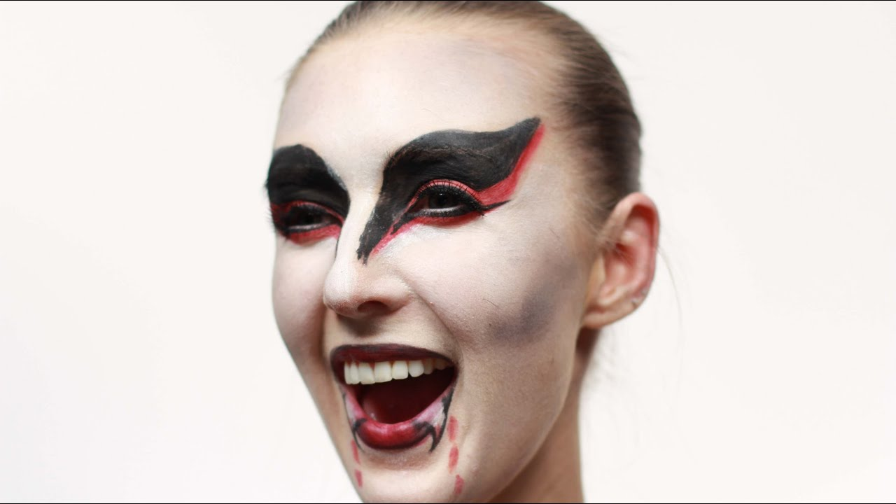 How To Do A Vampire Look - YouTube - photo#38