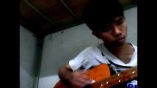 Que huong tinh yeu va tuoi tre guitar.wmv