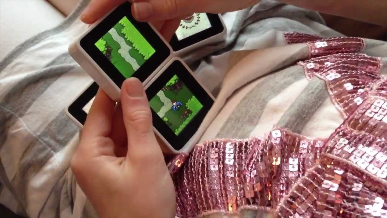 Wired.co.uk\'s Geek Dad Tests Sifteo Game Cubes | WIRED - YouTube