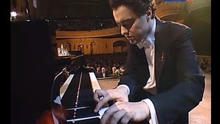 Evgeny Kissin plays Prokofiev Romeo & Juliet & Piano Sonata no. 8 - video 2009