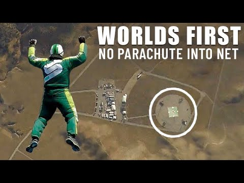 World First - Skydiver Luke Aikins Jumps 25000 Feet Into Net With No Parachute