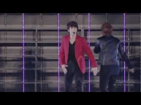 SS3 - Shake It Up! Super Junior (with lyrics)