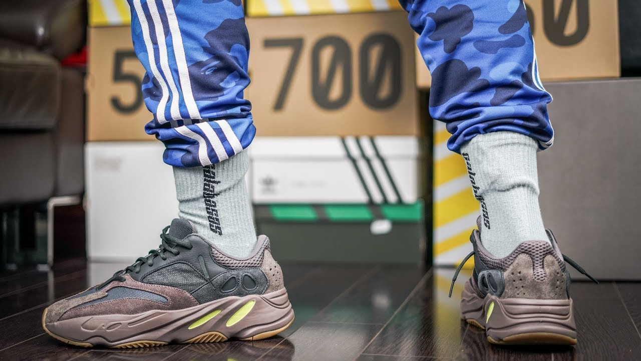 size 40 4149d f72ea Why The Yeezy 700 Mauve FAILED TO SELL OUT | HYPEBEAST NIGHTMARES | ON FEET  REVIEW