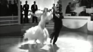 Gorillaz - The Joplin Spider - Music Video