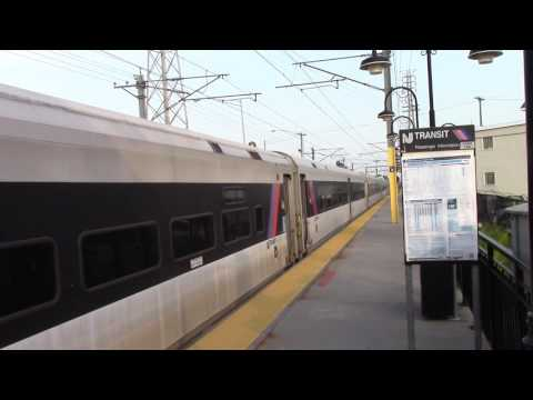 05/27/16 NJT 3267 departing Red Bank