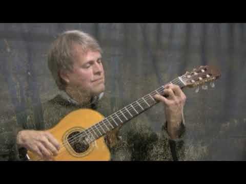 Reid Alburger performs