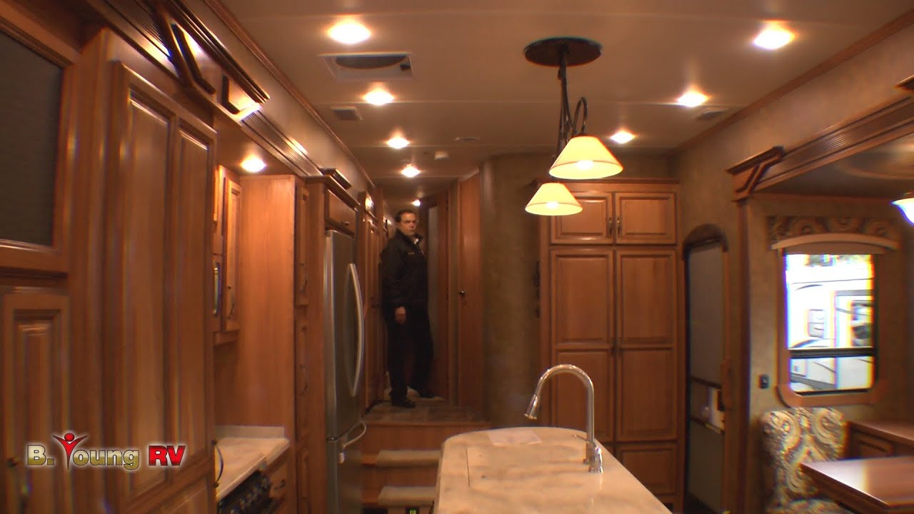 Stock 3032 2014 38 Foot Redwood 5th Wheel Frank Biggs