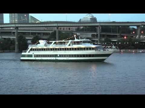 portland oregon, Portland Spirit cruise ship