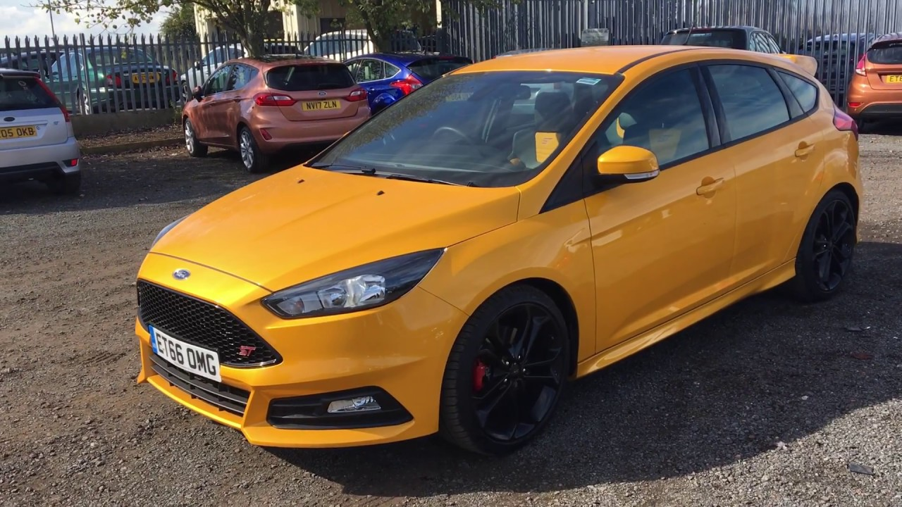 Used ford focus 2 0t ecoboost st 2 5dr yellow 2017