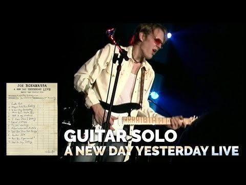 Joe Bonamassa Official - Guitar Solo from A New Day Yesterday Live