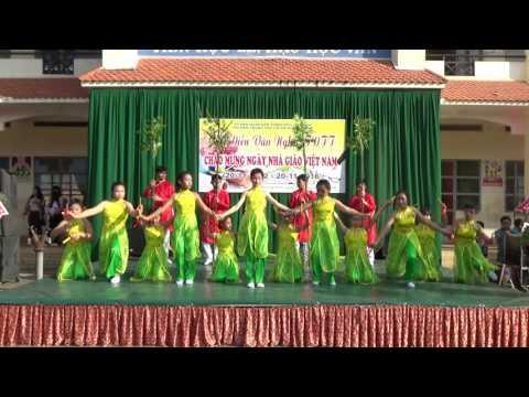 [Văn nghệ 20-11-2016] Lớp 6.9 Múa Tre Việt Nam