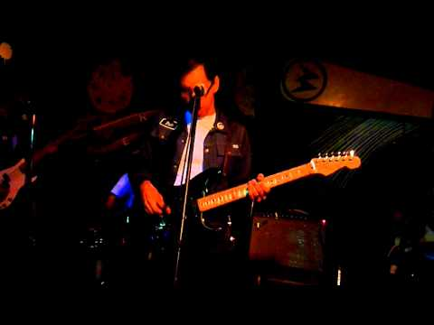 Kid Congo Powers-At the Ruin of Others- The Replay Lounge, Lawrence KS  9-4-11.MOV