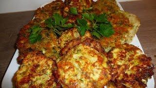 Жаренная молодая капуста с сырной корочкой и капустные оладушки
