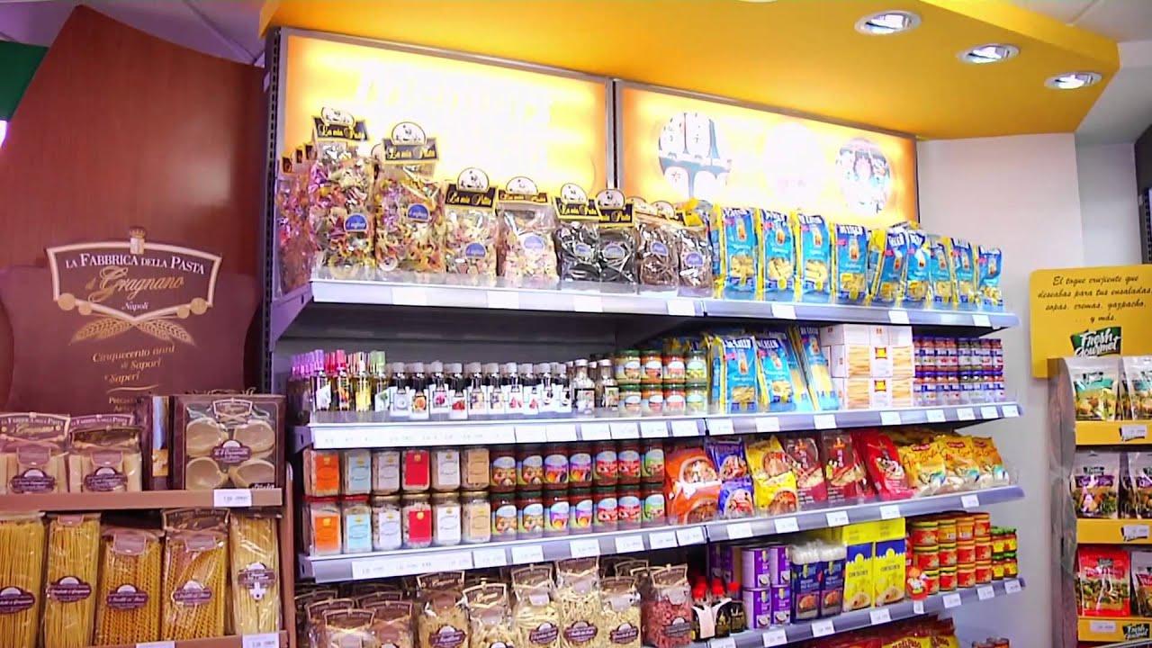 Nuevo concepto de tienda Condis en la calle Industria de Barcelona ...