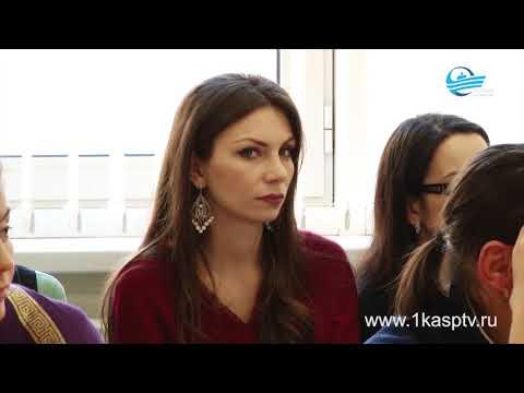 Гаджимет Сафаралиев с рабочим визитом посетил Республиканский центр образования в Каспийске