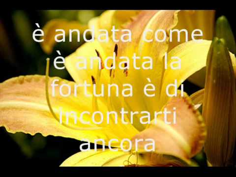 9 catchy Italian songs to learn Italian (+ lyrics and