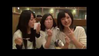 「鳥取から湧き出た天然アイドル」をキャッチコピーに、2012年に結...