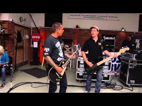 "TOXPACK - Bei der Live-Probe zur ""FRISS!"" Tour 2014"