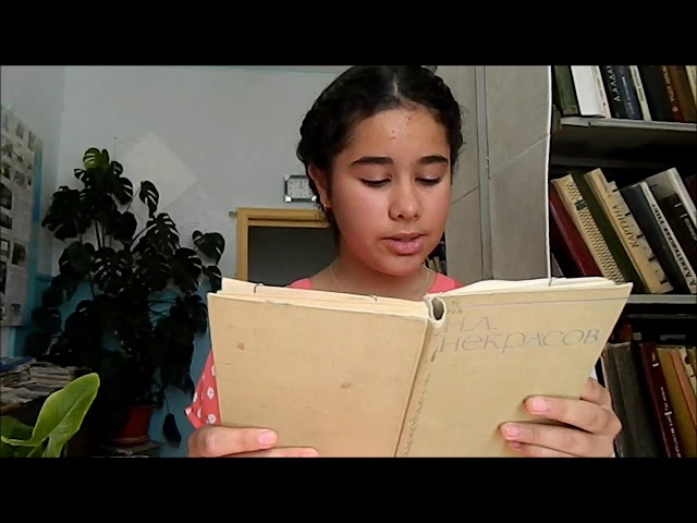 Изображение предпросмотра прочтения – РиммаИсмайлова читает отрывок изпроизведения «Крестьянские дети» Н.А.Некрасова