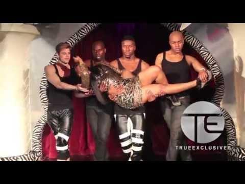 Porsha Williams Performs
